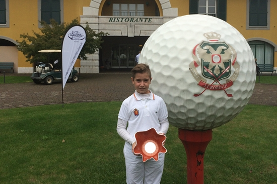 (Castellano) El Italy International Open de Pitch & Putt se lo adjudicó Tomy Artigas