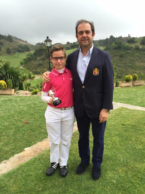 (Castellano) Thomas Artigas se impone en el II Puntuable Nacional de Pitch & Putt 2015