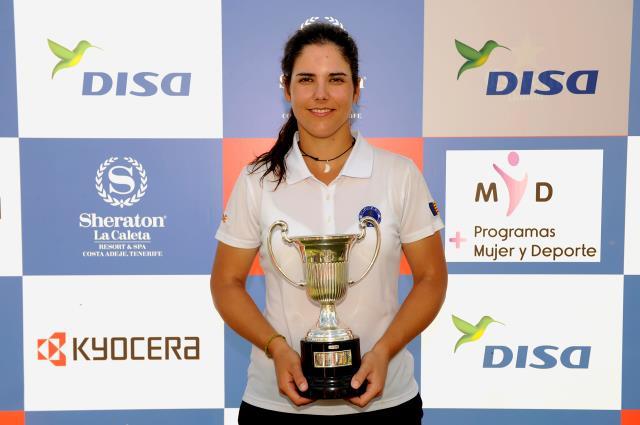 (Castellano) Natalia Escuriola, nueva referencia del golf español tras ganar el DISA Campeonato de España de Profesionales Femenino