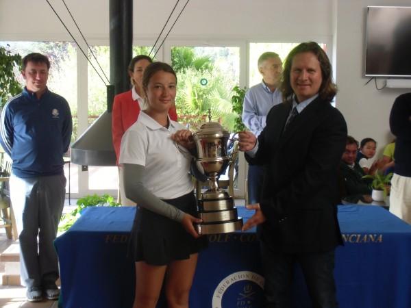 (Castellano) Carla Tejedo resuelve un apretado final en el Campeonato de la Comunidad Valenciana