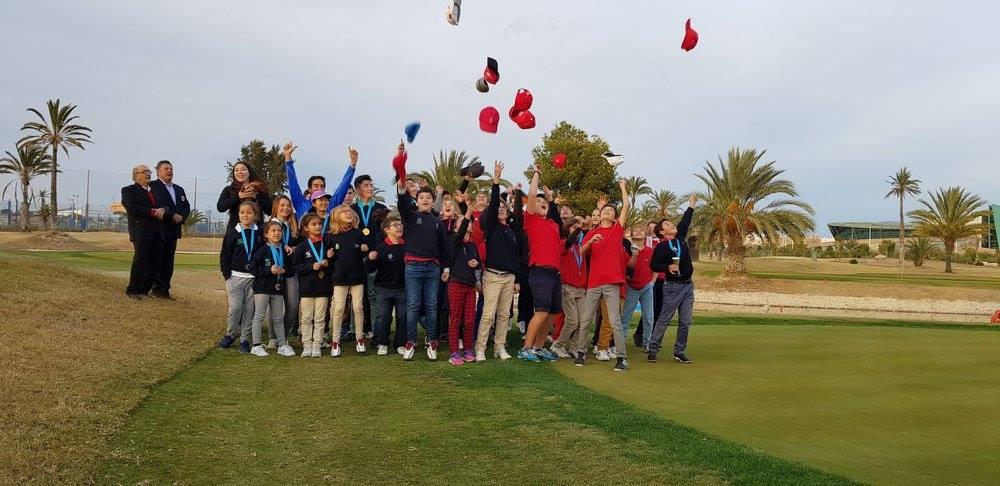 El fin de año de las ESCUELAS TUTELADAS de toda la Comunidad Valenciana en Elche