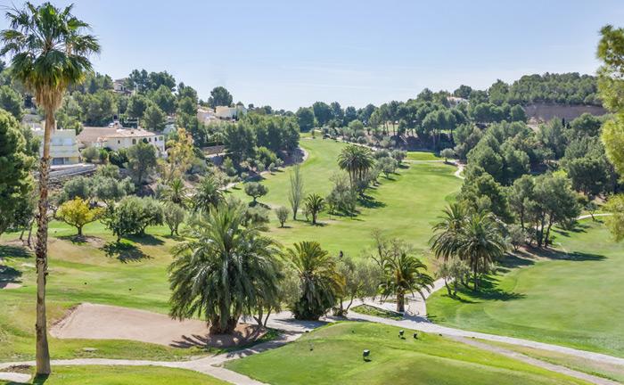 """El """"Trofeo Bienvenida Senior C.V. Alicante"""" se da cita en Altea Golf."""