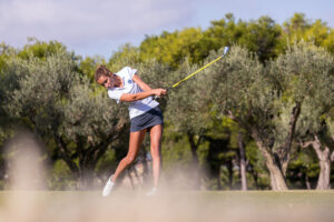Rocío Tejedo se hace con el liderato en Alicante Golf